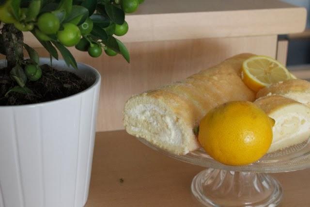 Sonntagskuchen Zitronenrolle
