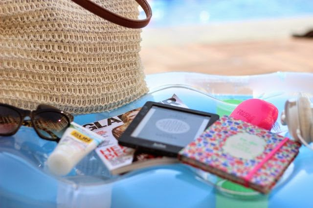 What's in my … BEACH BAG?