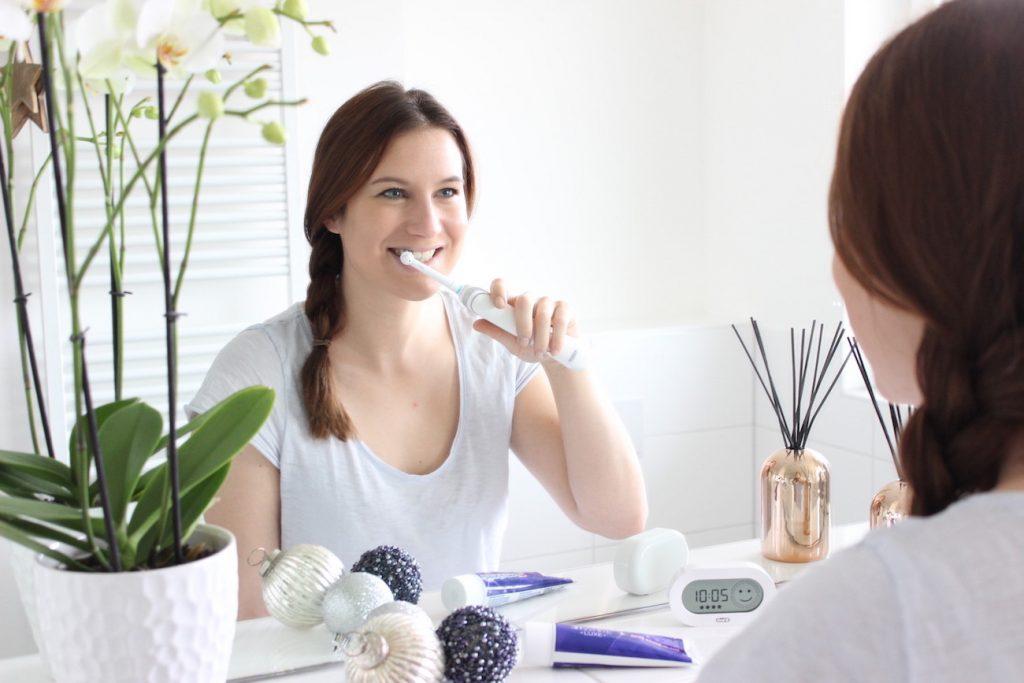 #kölnbloggt Adventskalender: Gewinn eine Oral-B White 6000 elektrische Zahnbürste mit Smart Guide