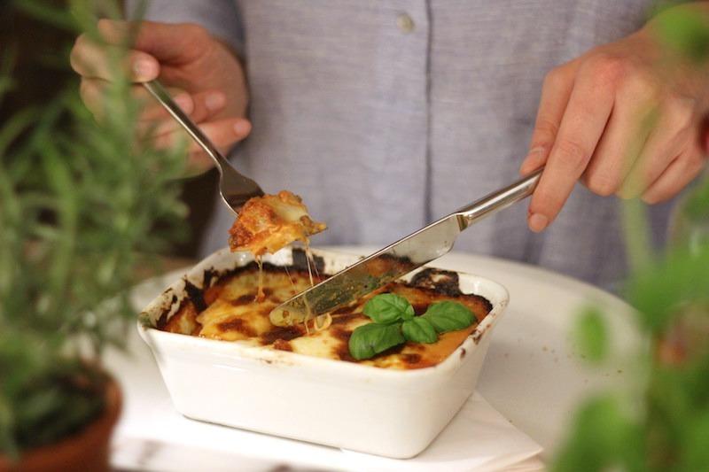 Zu Tisch bitte: Lasagne im Vapiano Bonn