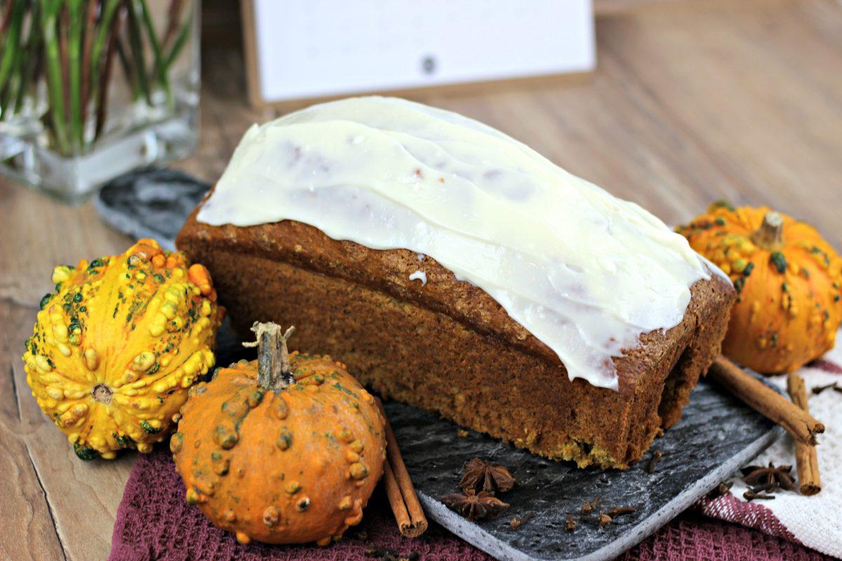 Kuerbiskuchen Rezept mit Frischkäse Frosting Pumpkin Pie