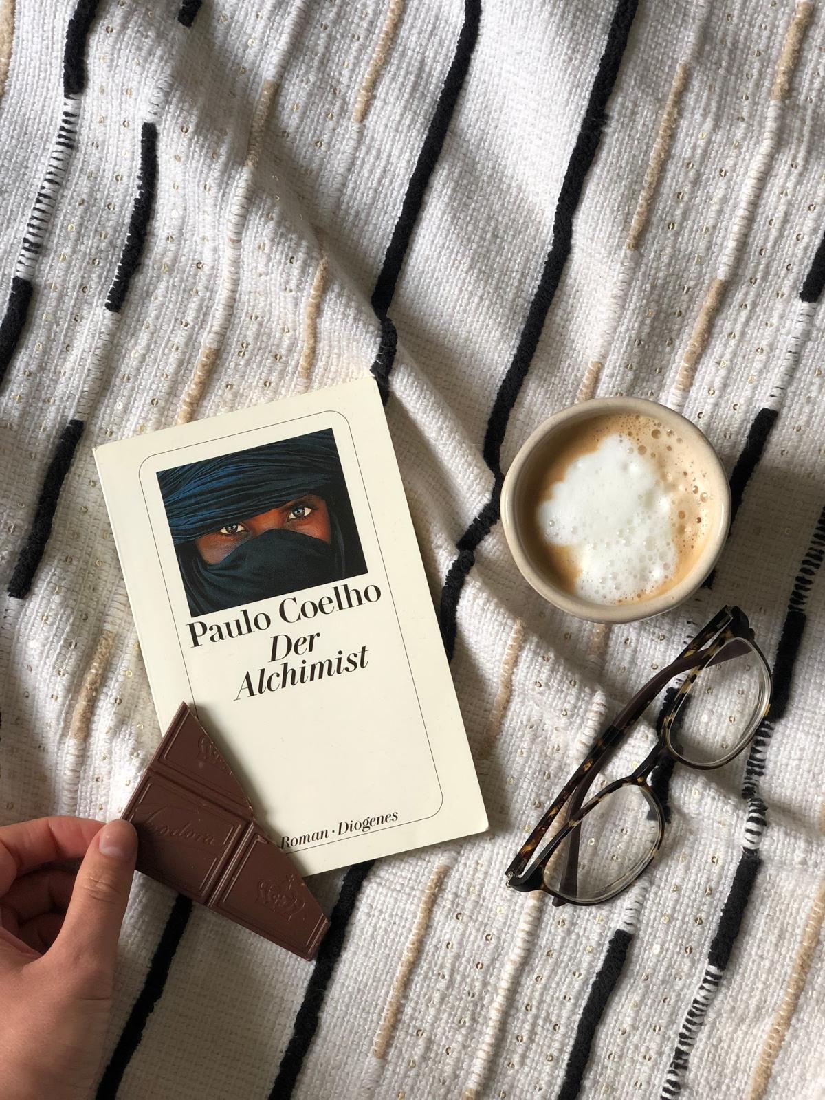 """Buchrezension: """"Der Alchimist"""" von Paulo Coelho"""